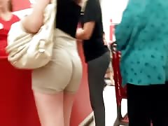 khaki shorts latina jigglt bubble butt