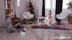 Adultprime Mea Melone Yoga