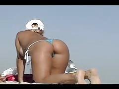 Voyeuchamp- Topless Beach #139